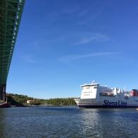 Stenafärja under Älvsborgsbron